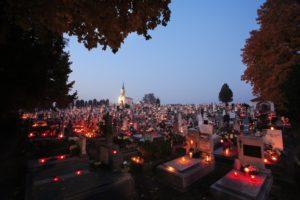 664a46cecc Magyar hagyományok a halottak hetében: Mindenszentek, és a halottak napja